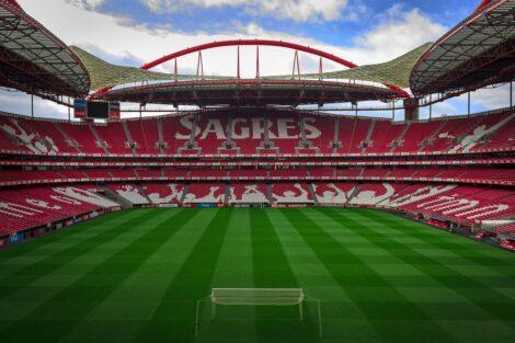 Estadio Da Luz Antigo Jogador Do Benfica E Do Porto Perdeu &Quot;Quase Tudo&Quot; Por Causa Do Jogo