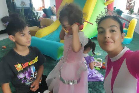 Georgina Rodriguez Filhos Gemeos Eva Mateo 3 Georgina Rodríguez Mostra Novas Imagens Da Festa Dos Gémeos Eva E Mateo