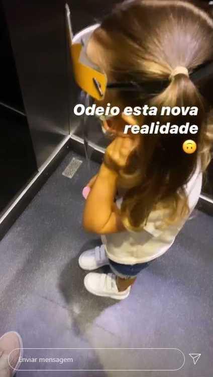 Laura Figueiredo Filha Beatriz Laura Figueiredo Mostra Filha Com Máscara E Viseira E É Criticada