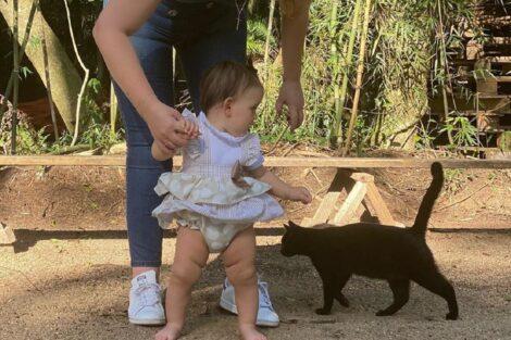 Katia-Aveiro-Filha-Gato-Preto