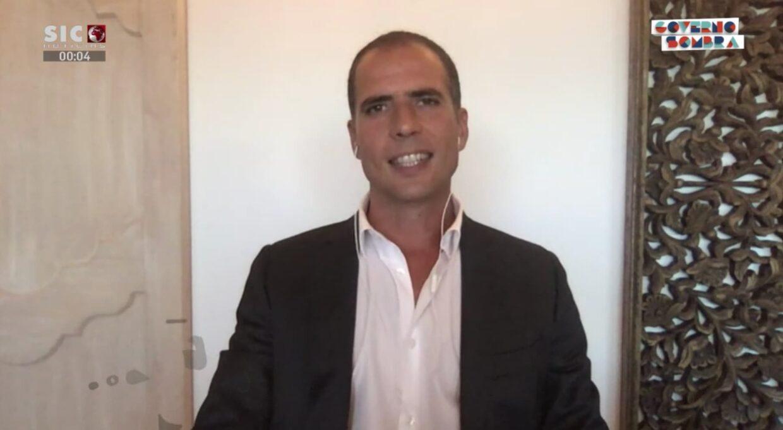 Ricardo Araujo Pereira Isolamento
