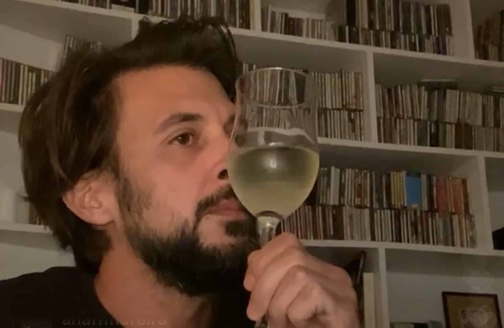 Como E Que O Bicho Mexe Bruno Nogueira