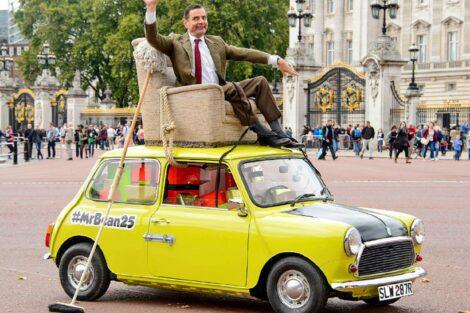Mr. Bean. Carro Com Um Sofá. Lisboa