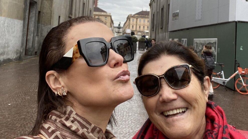 Dolores Aveiro, Elma Aveiro
