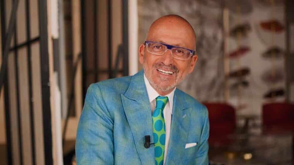 Manuel Luis Goucha Fato Azul