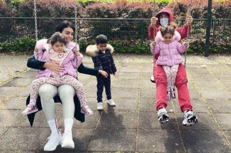 Georgina Rodríguez, Cristiano Ronaldo, Filhos