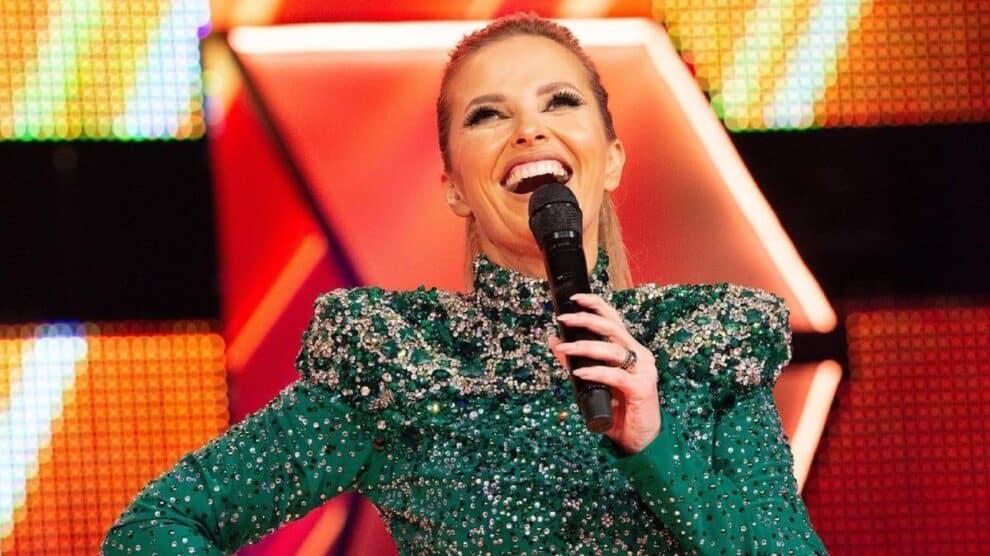 Cristina Ferreira, All Together Now, Jennifer Lopez