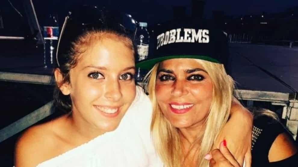 Sara Carreira, Fernanda Antunes