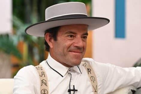João Neves, Quem Quer Namorar Com O Agricultor?