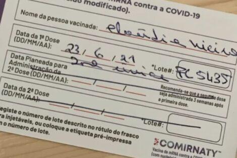 Claudia-Vieira-Vacina-1