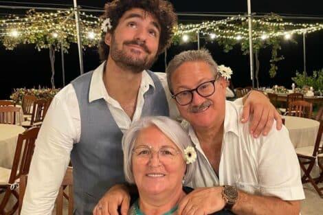 José Condessa, Pais