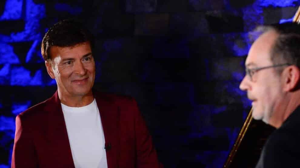 Tony Carreira, Entrevista Contrato Tvi
